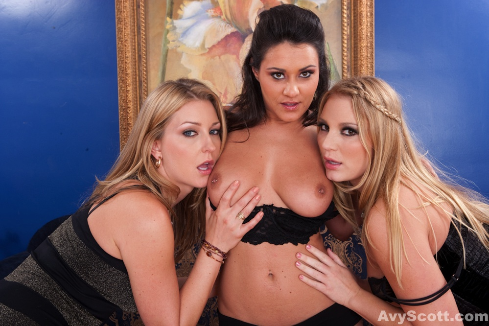 Avy Scott, Aurora Snow, and Charley Chase in a lesbian threesome